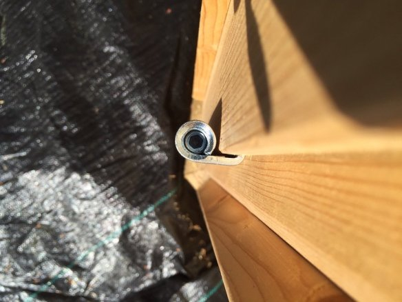 Butt hinge, these can adjust the doors in one plane - up and down and will mainly be used with smooth door connection frames as moving the door leaves closer can be accomplished from the frame itself. An adjustment screw can be found in the top cap of the hinge and is adjusted with an allen key.