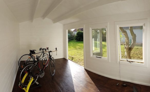A completely different use for the Aiste log cabin, this time with fitness in mind and two turbo trainers