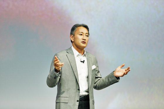 Le PDG de Sony, Kazuo Hirai, lors d'une conférence de presse au salon IFA de 2014 - Crédit : Sony.