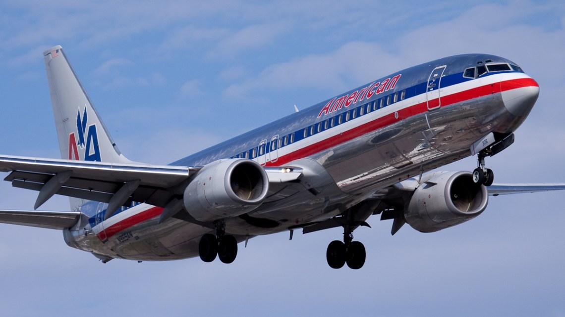 American.Airlines.Boeing.737-800.YUL_.2009
