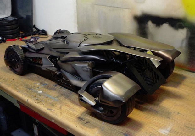 batmobile_casemod_4-620x433