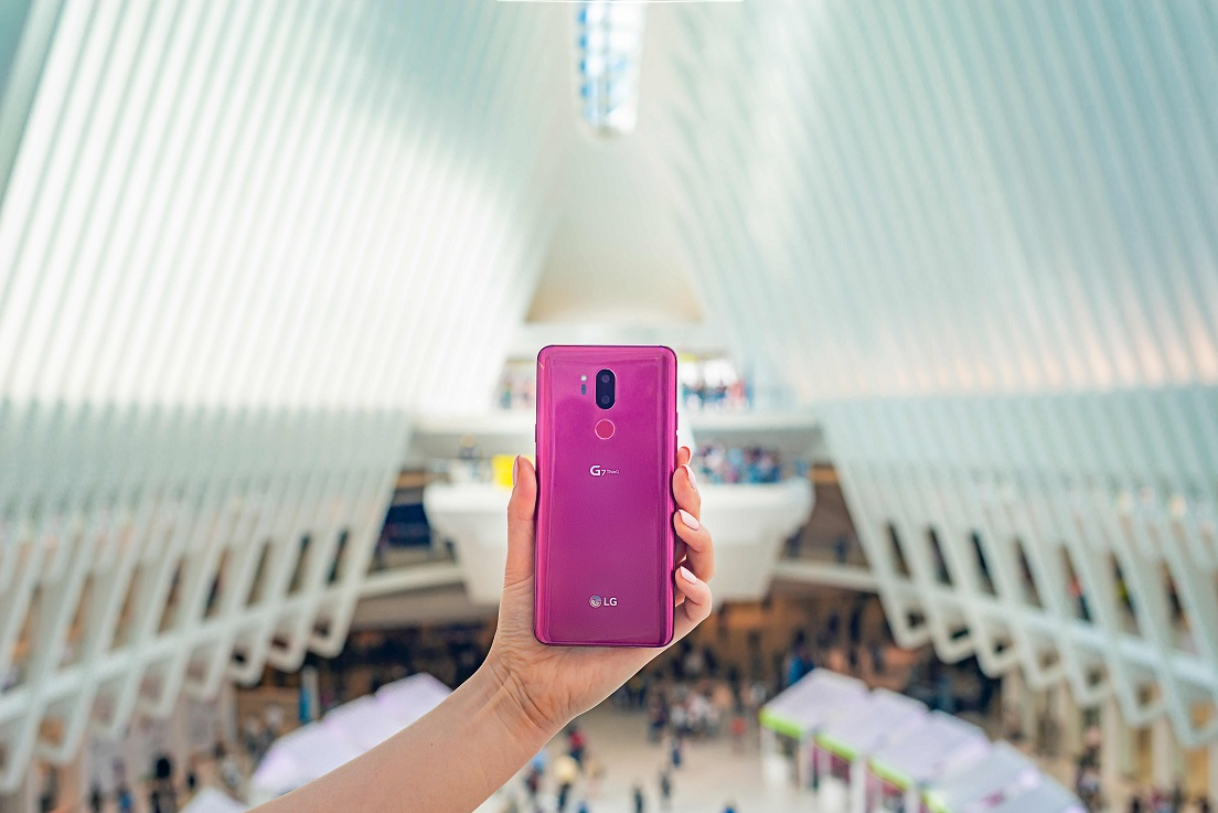 LG-G7-in-Action-07