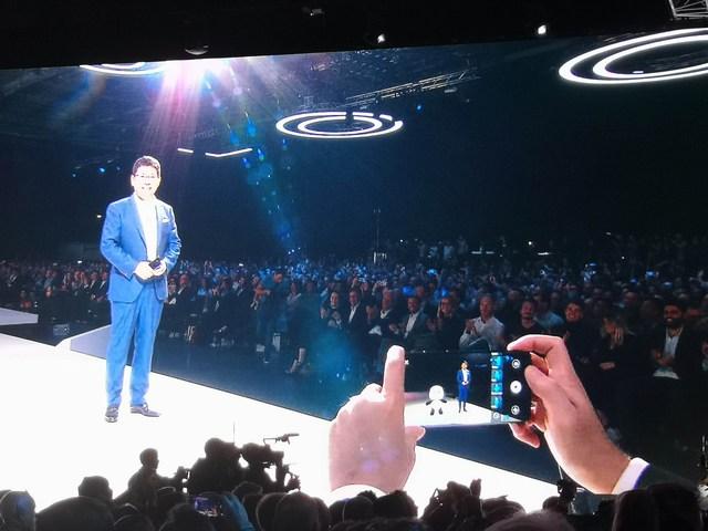 Huawei-Mate-20-Pro-model-3D-2