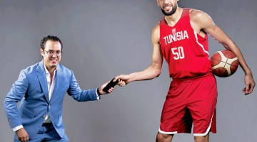 Amine Chouaieb, PDG de Cellcom avec la star du basket Salah Mejri