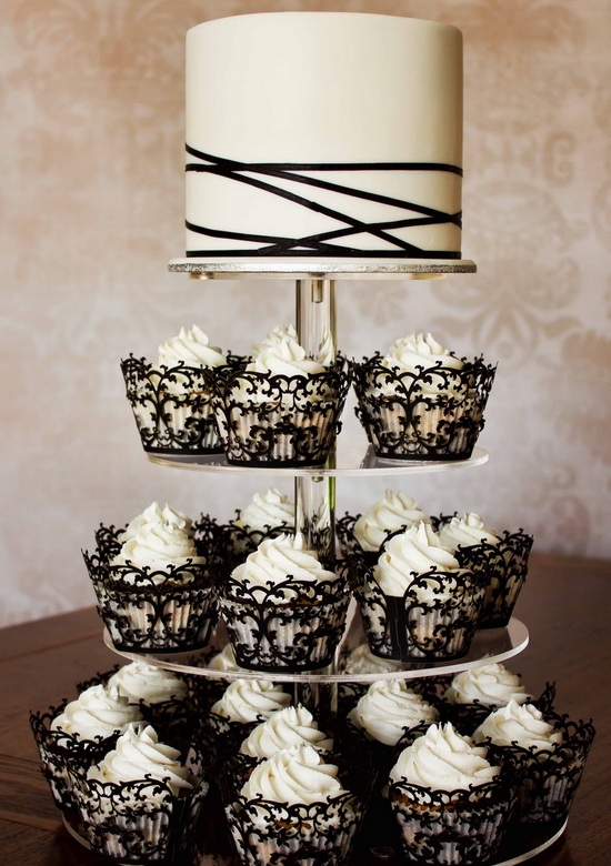 Classic Black And White Winter Wedding Color Scheme