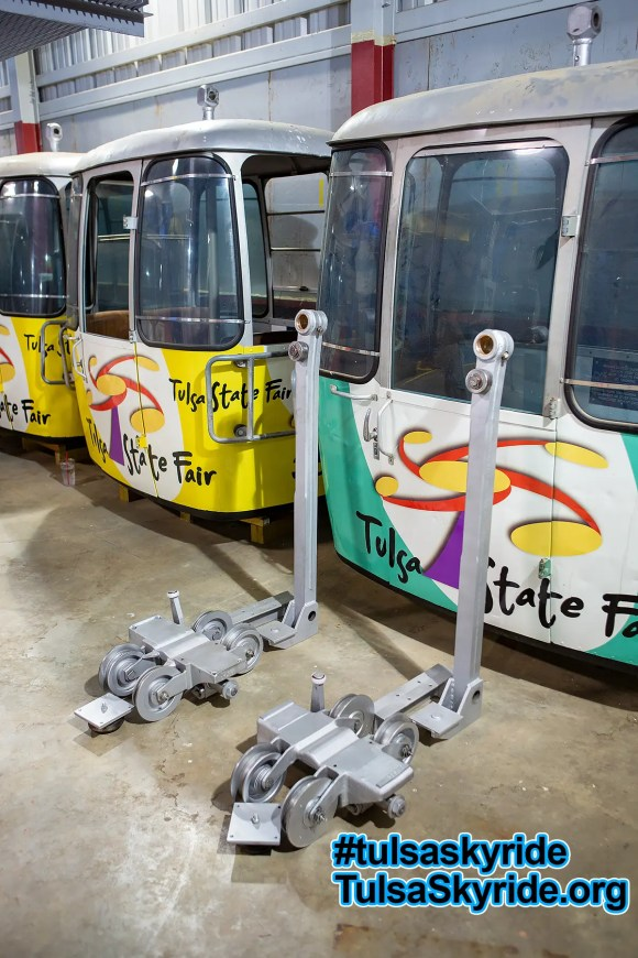 Tulsa Skyride: VR 101 grips, hangers, and cabins are ready for hanging