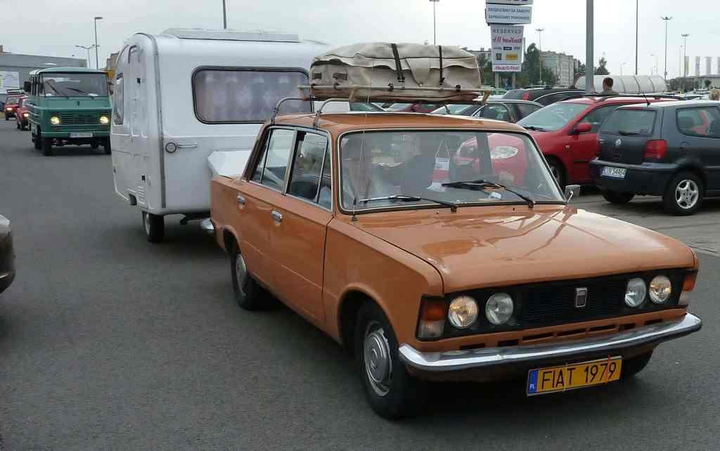 Fiat 125p Orange
