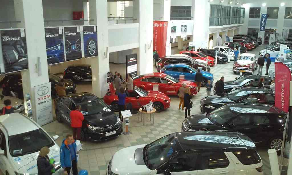 Targi Samochodowe Toruń 10.10.2015 Car Show Automobile Fairs Poland vehicle centrum wystawiennicze toruńskie bydgoska