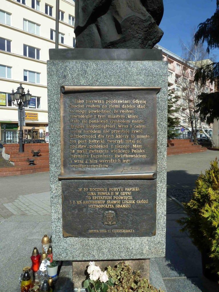 Scouting Harcerze Polskiego ZHP ZHR pomnik pamięci historia Inowrocław Jean Paul II Jan Paweł II memorial war died Poland polish Gdynia Hołd