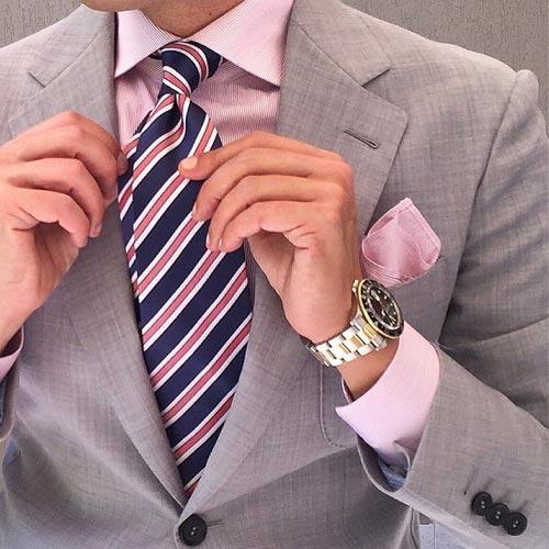 ピンクシャツに合うネクタイ