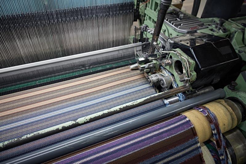 シルク織り機