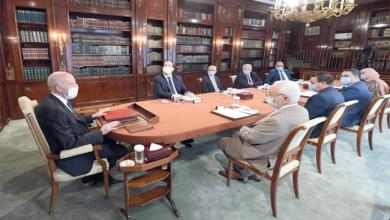 Photo of رئيس الجمهورية: لا مجال لتمریر الحكومة ثم إدخال تحویرات علیها بعد مدة وجیزة (فيديو)
