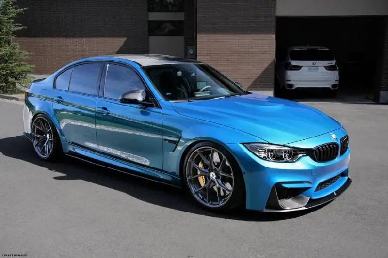 Atlantisblauer BMW M3 F80 Auf Schicken HRE P101 Alufelgen