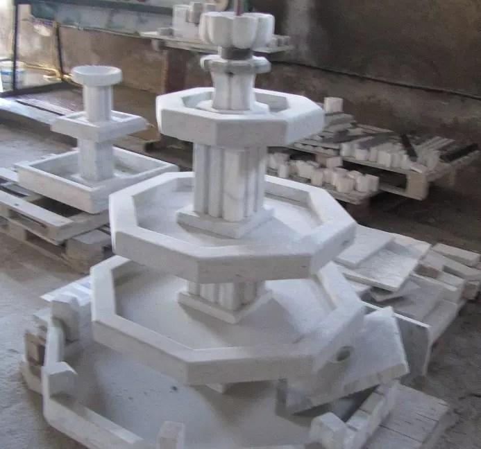 fontaine de marbre blanc & gris