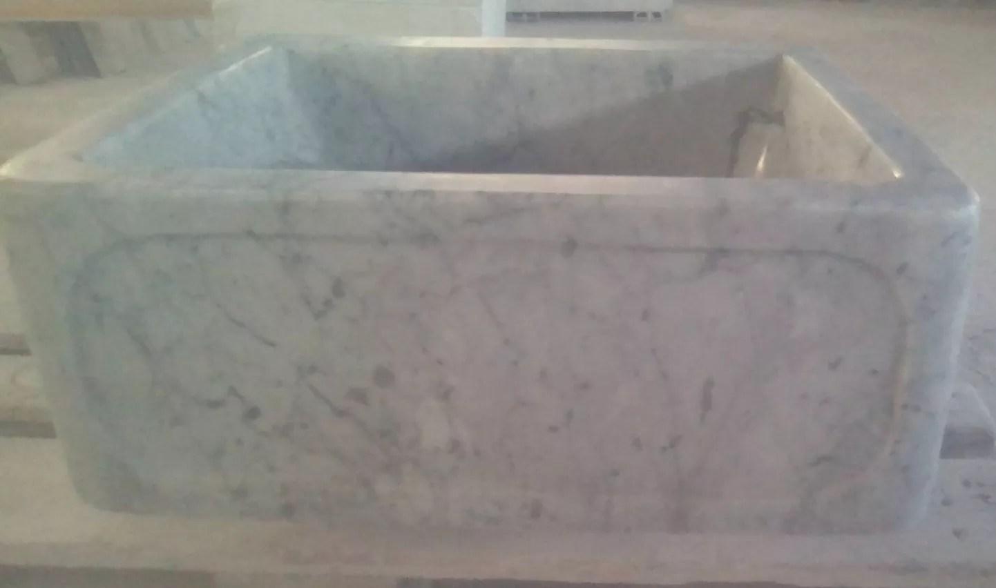Evier sculpté Carrara blanc