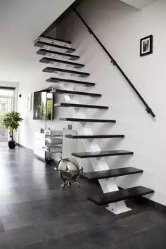 escalier flottant direct noir double portique