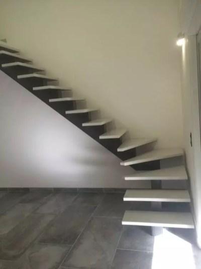 structure flottant escalier 03