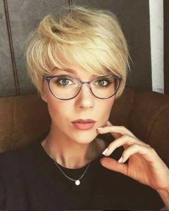 Tunsori par scurt blond pe care o sa le adori 1