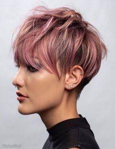 Tunsori par scurt roz