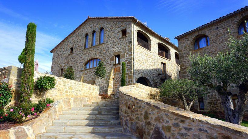 El turismo rural en Asturias y Galicia sufre fuertes oscilaciones entre temporada alta e invierno