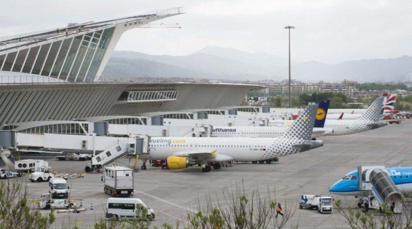 El tráfico aeroportuario crece con fuerza en aeródromos como el de Blbao
