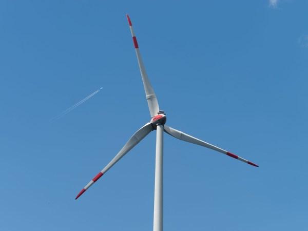 production électricité propre éolienne