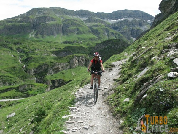 donne in mountain bike