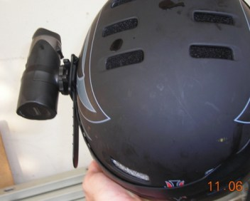 videocamera mountain bike casco