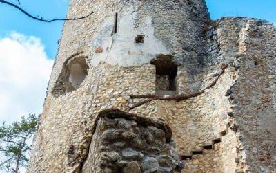 Nenechajte si ujsť zrúcaninu hradu Blatnica