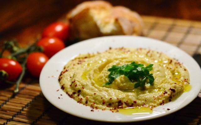 HUMUS, czyli pasta zciecierzycy itahini