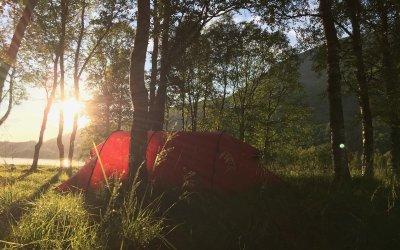 Våre 13 beste tips for å sove godt i telt