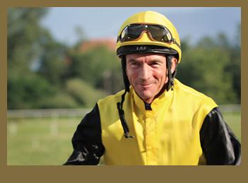 Jockey Adrie de Vries siegt mit Odeliz