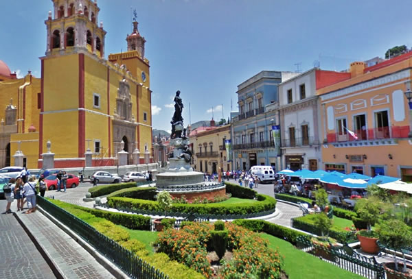 Plaza de la Paz y la Universidad, Guanajuato