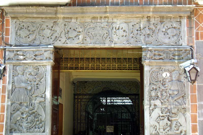 La Casa del que Mató al Animal, Puebla