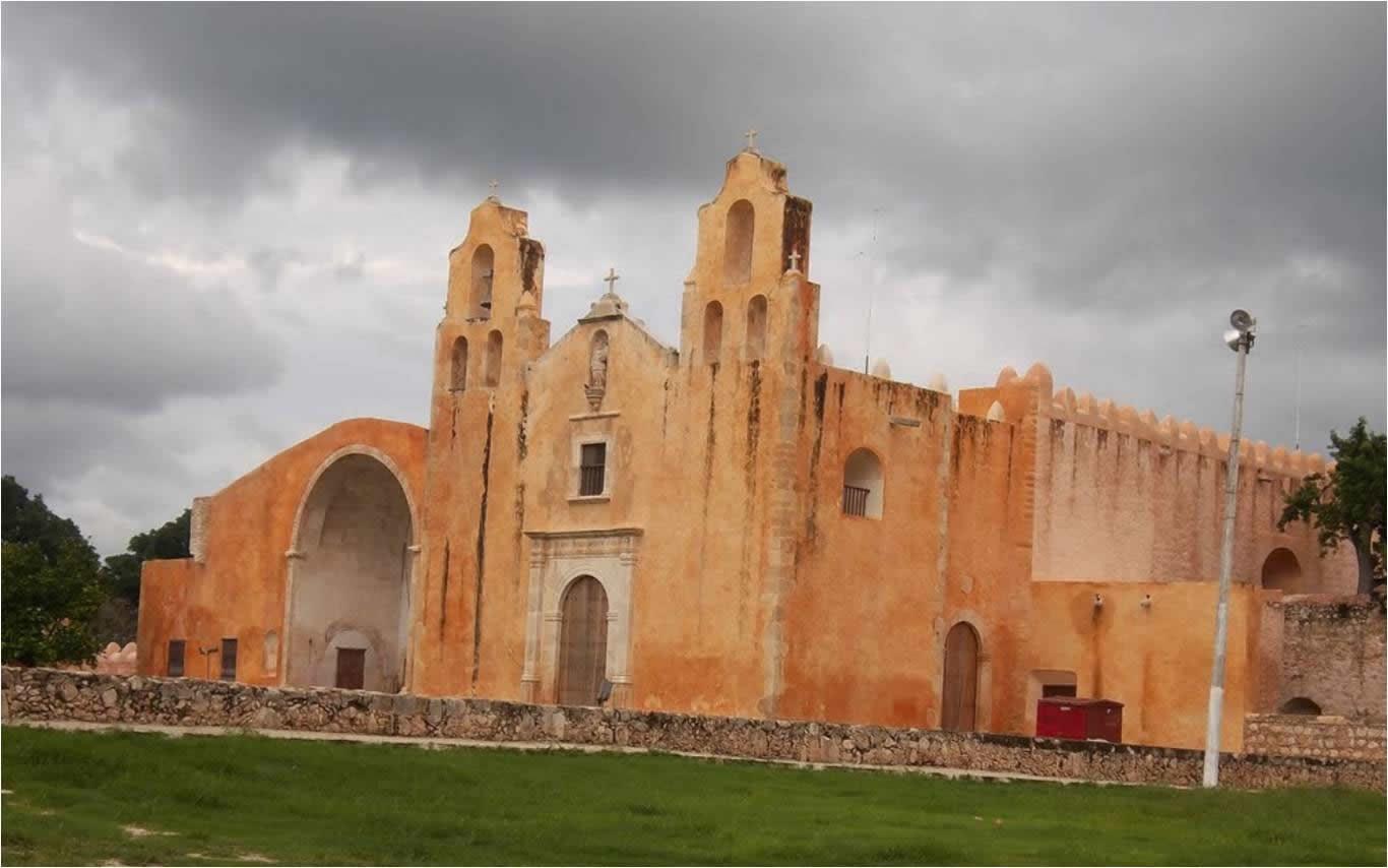 Convento de San Miguel Arcángel, Maní