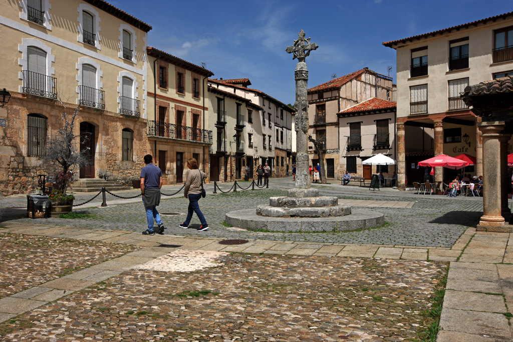Covarrubias Burgos Turisbox
