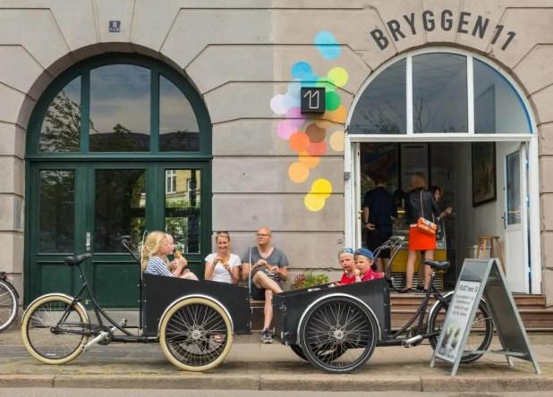Hver 4. svensker og englænder forbinder Danmark med hygge, og hyggen har grebet om sig i de senere år. På Amazon er der op mod 1.000 bøger om emnet, og ordet er blevet optaget i Oxford Dictionary. Kampagnen Prescribing Hygge omfavner netop det. (Foto: WOCO)