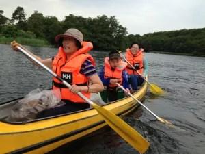 Kinesiske turister vil meget andet end at se Den Lille Havfrue. Her er det kanosejlads på Silkeborg Søerne, der er på programmet.