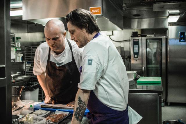 Michelin-kokke skal løfte Oslofærgen op på gastro-bølgen