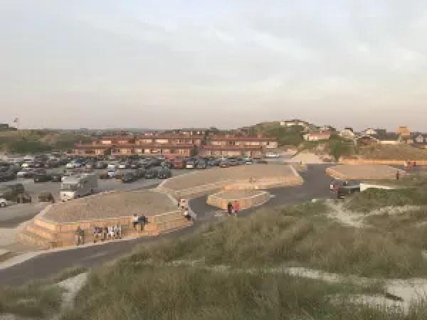 De nye faciliteter i Henne Strand er netop indviet, klar til højsæsonen. Projektet er en del af Realdanias kampagne Stedet Tæller. (Foto: Varde Kommune)