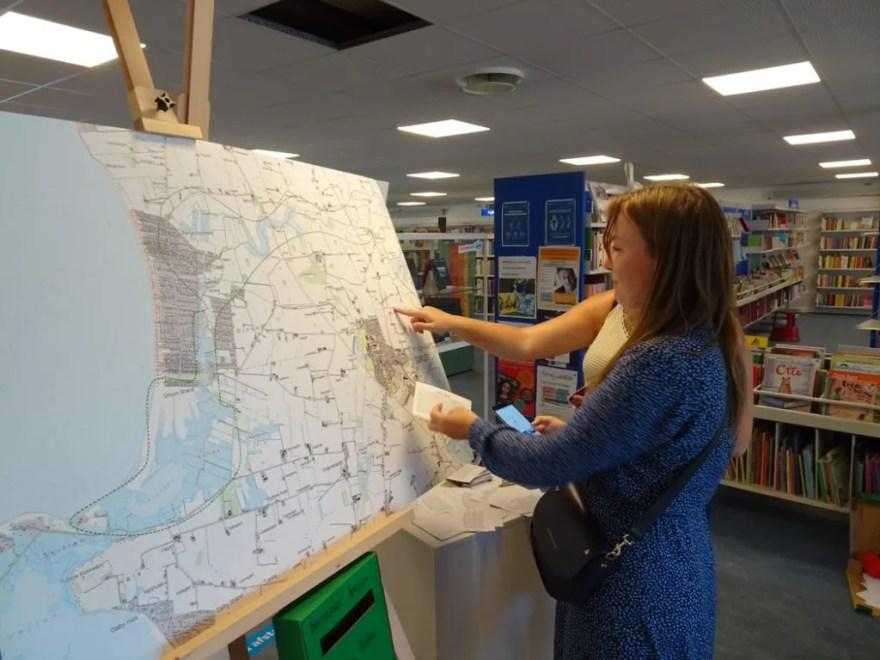 På lokale biblioteker vil man kunne finde en udstilling om projektet og udfylde et borgerkort. Man kan også indtaste sin historie på et digitalt kort. (Foto: Thomas Skou Grindsted)