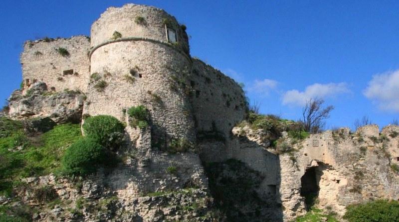 Il Castello Normanno, Calabria