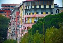 Visitare Tirana Edifici Colorati