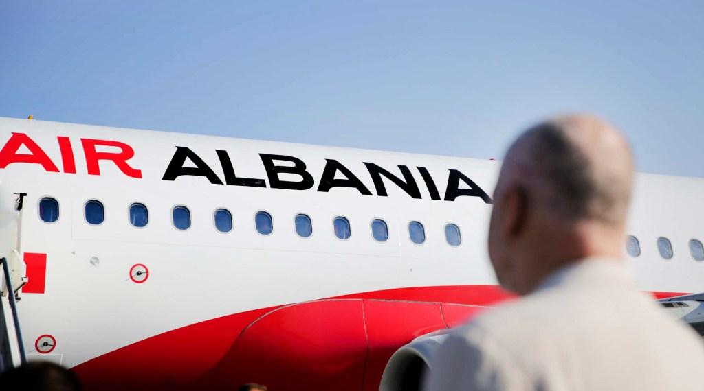 Air Albania nella giornata di ieri all'aeroporto di Tirana