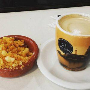 Migas extremeñas con café