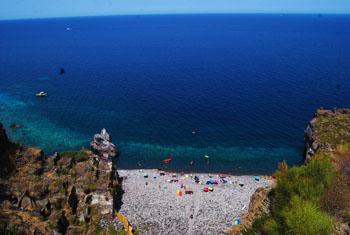 Risultati immagini per Santa Marina isola di Salina