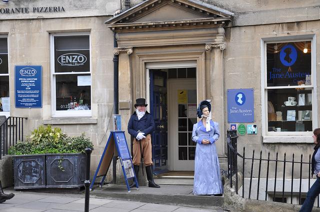 Risultati immagini per Jane Austen e Bath pumps room