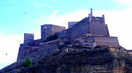 El Castillo de Monzon en Huesca 1