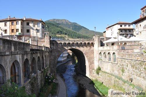 Potes la ciudad y sus puentes 11