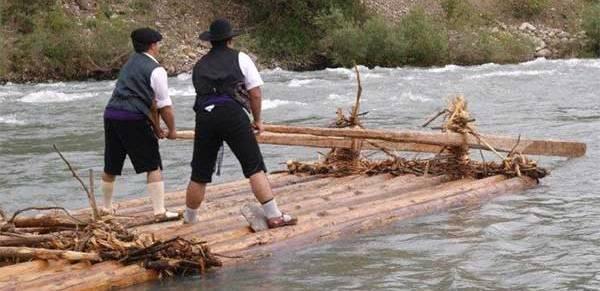 VII Descenso de Navatas por el río Aragón Subordán el domingo 11 de mayo